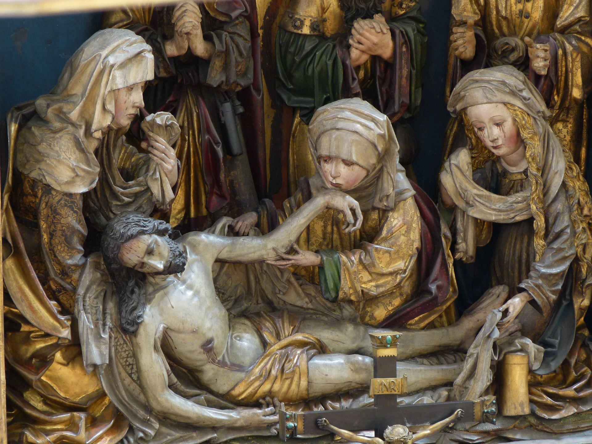 Peringsdörffer Retabel Mittelschrein: Beweinung Christi mit den drei Marien, von l. nach r.: Jungfrau Maria, Maria Kleophas und Maria Magdalena