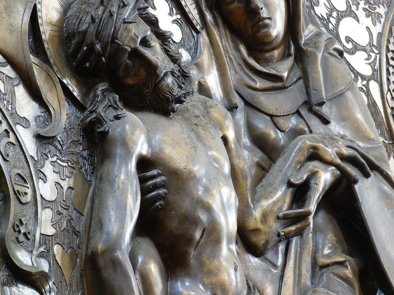 Johannes von Hürnheim und Albrecht von Rechenberg Beweinung Christi, Detail, Schrägansicht