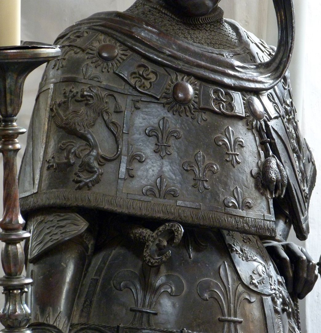 Philipp the Good (Innsbruck) linke Hälfte der Stola