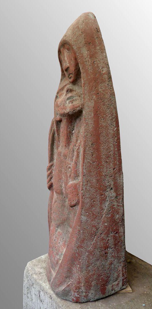 •Pietà Right lateral view