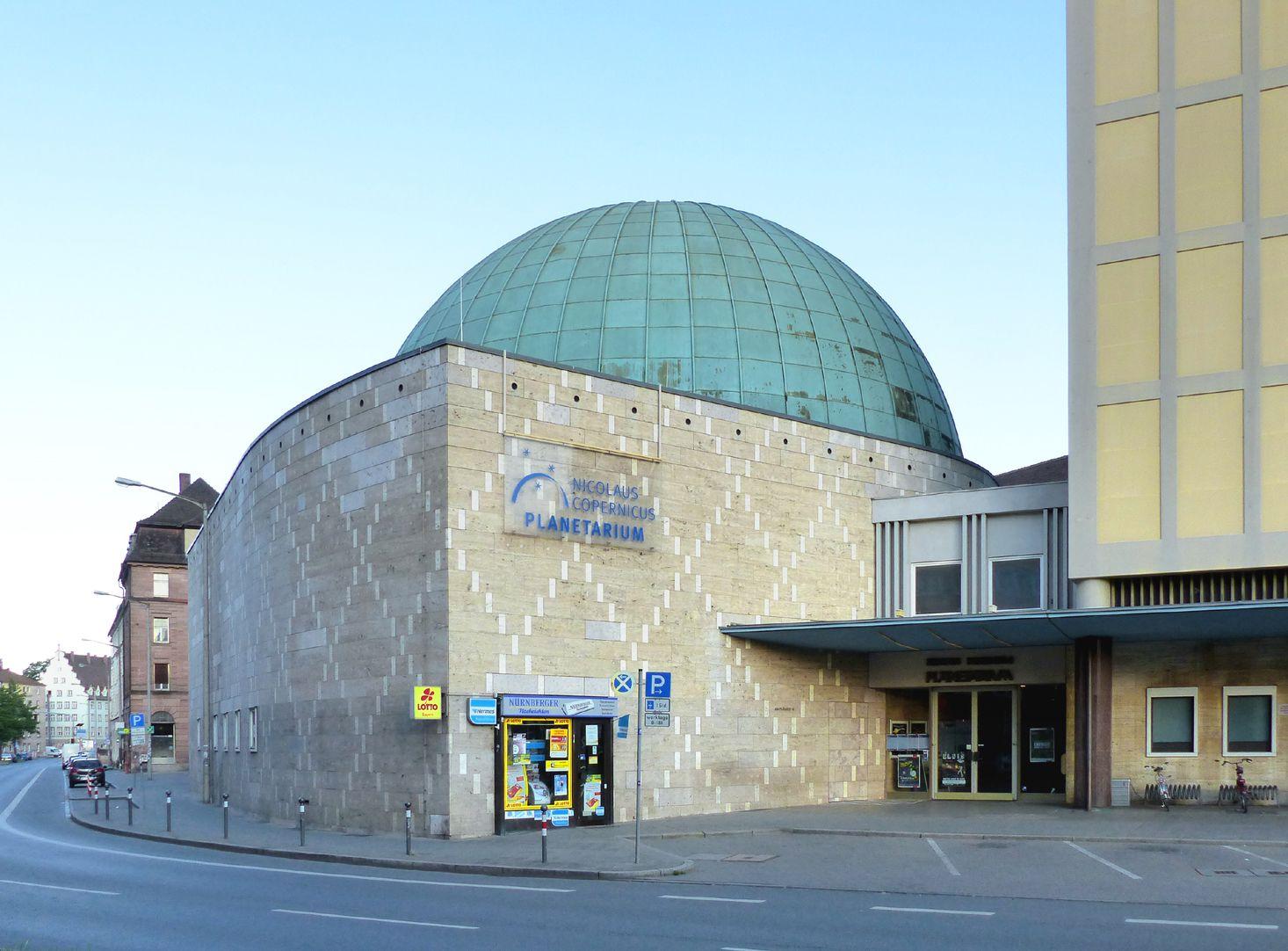 Nicolaus-Copernicus-Planetarium Corner with entrance