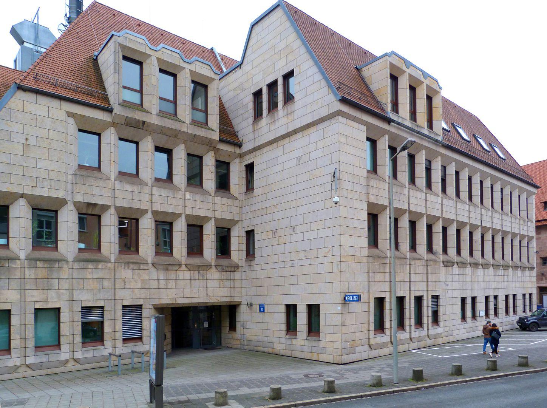 Erweiterungsbau des Polizeipräsidiums Gebäude zur Schlotfegergasse