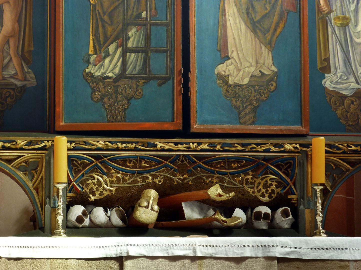 """""""…risen from the dead"""" Predella of the main altar"""