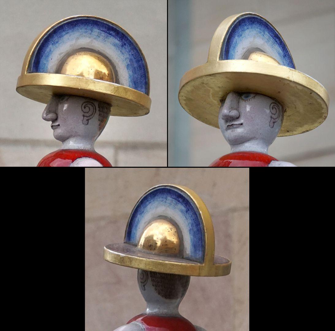 """Cockrider Fountain """"Helmet hemisphere"""""""