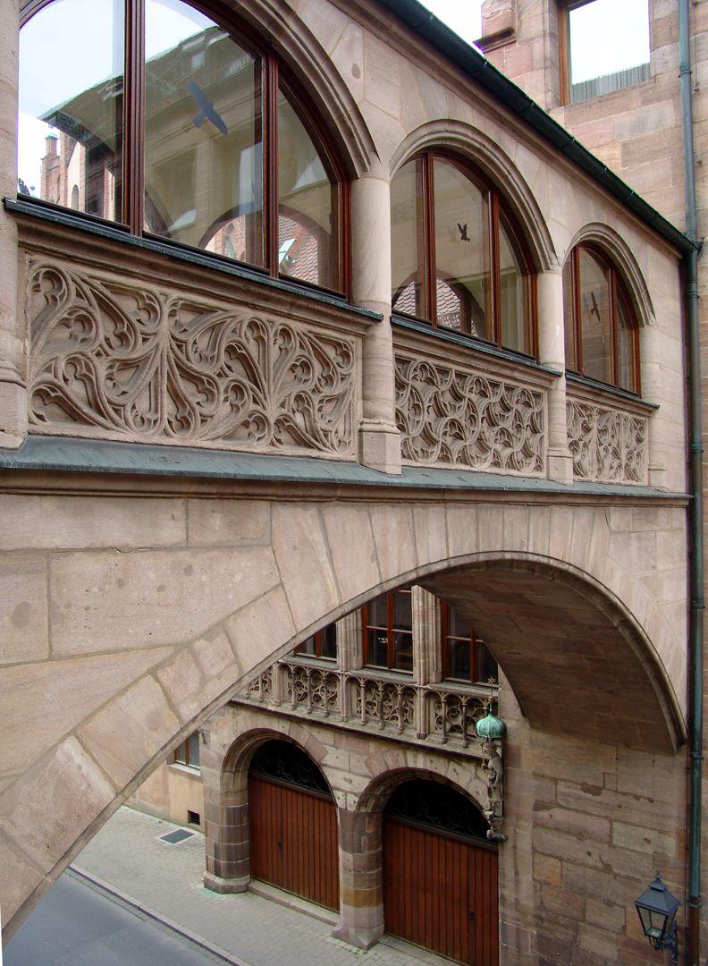 Central administration office Verbindungsbrücke zum Alten Rathaus