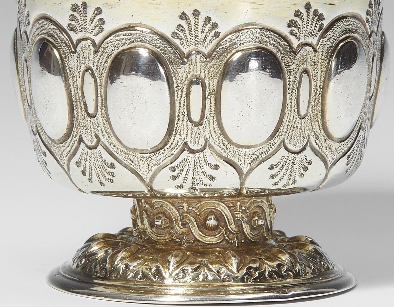 Nuremberg pedestal cup Detail