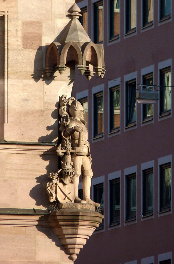 Knight Kreß of Kressenstein Total view from the south west with corbel and canopy