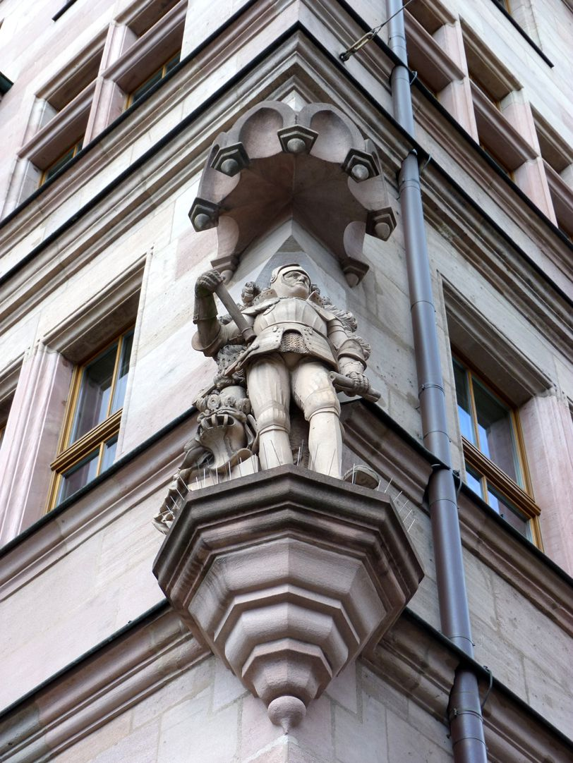 Knight Kreß of Kressenstein Corner with corbel and canopy