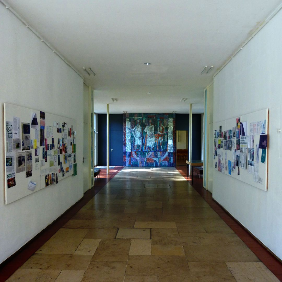 Academy of Fine Arts Corridor leading to the lecture hall