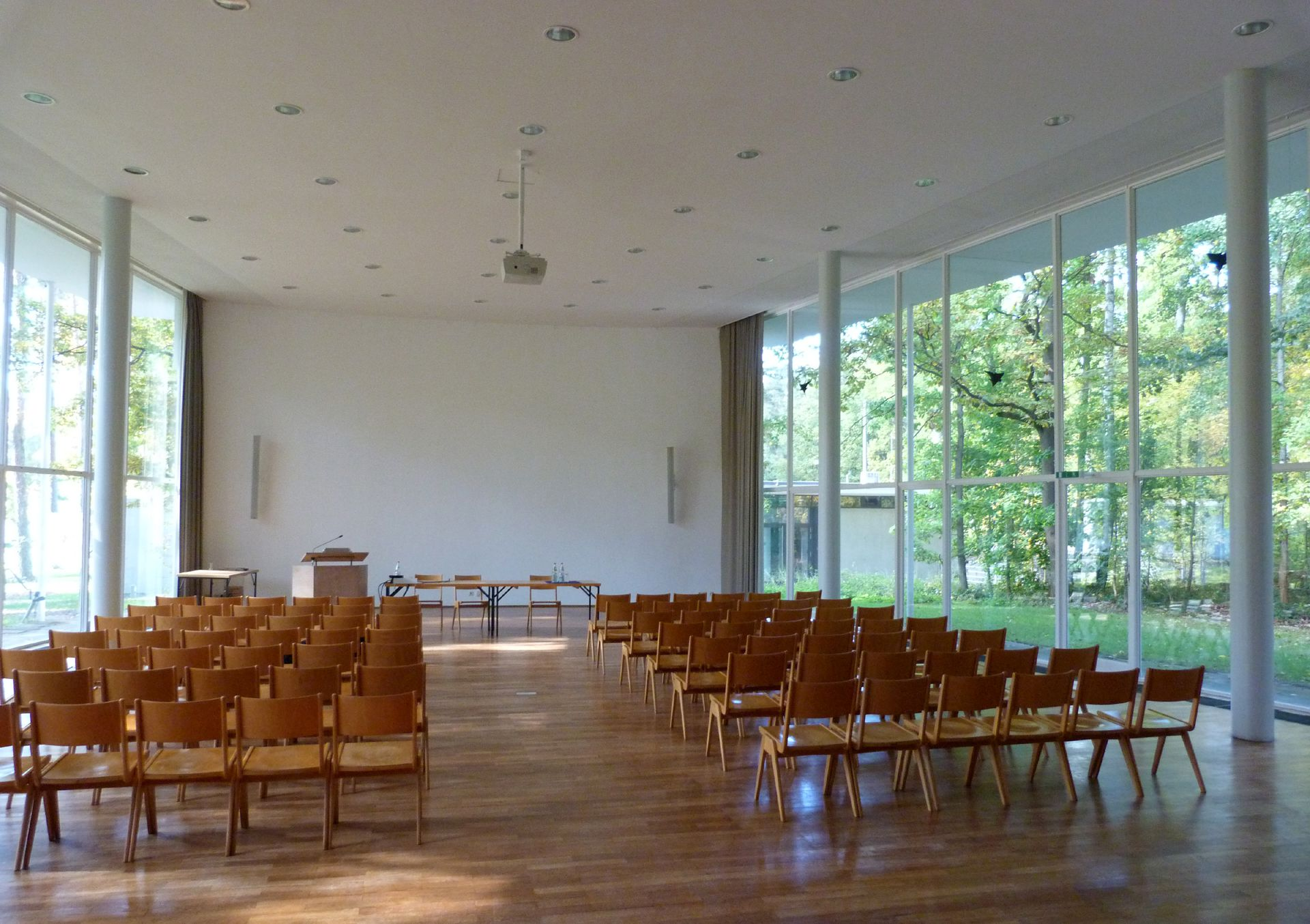 Academy of Fine Arts Lecture hall