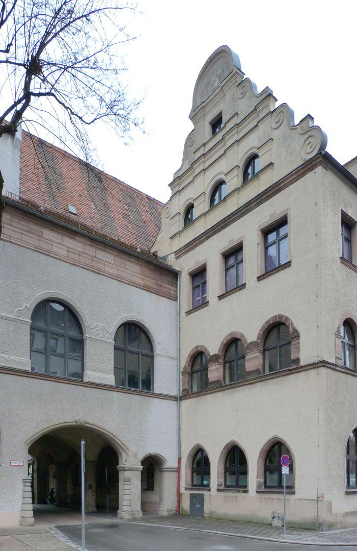 Dianablock Hubertus Hall, adjoining Dianablock
