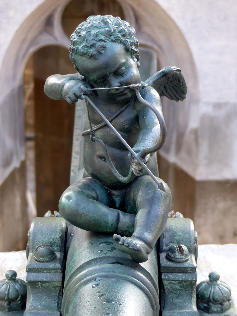 Beautiful fountain Front view of the restored Cupid (1587?)