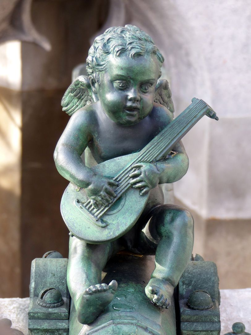 Beautiful fountain Front view of the lute player (1587?)