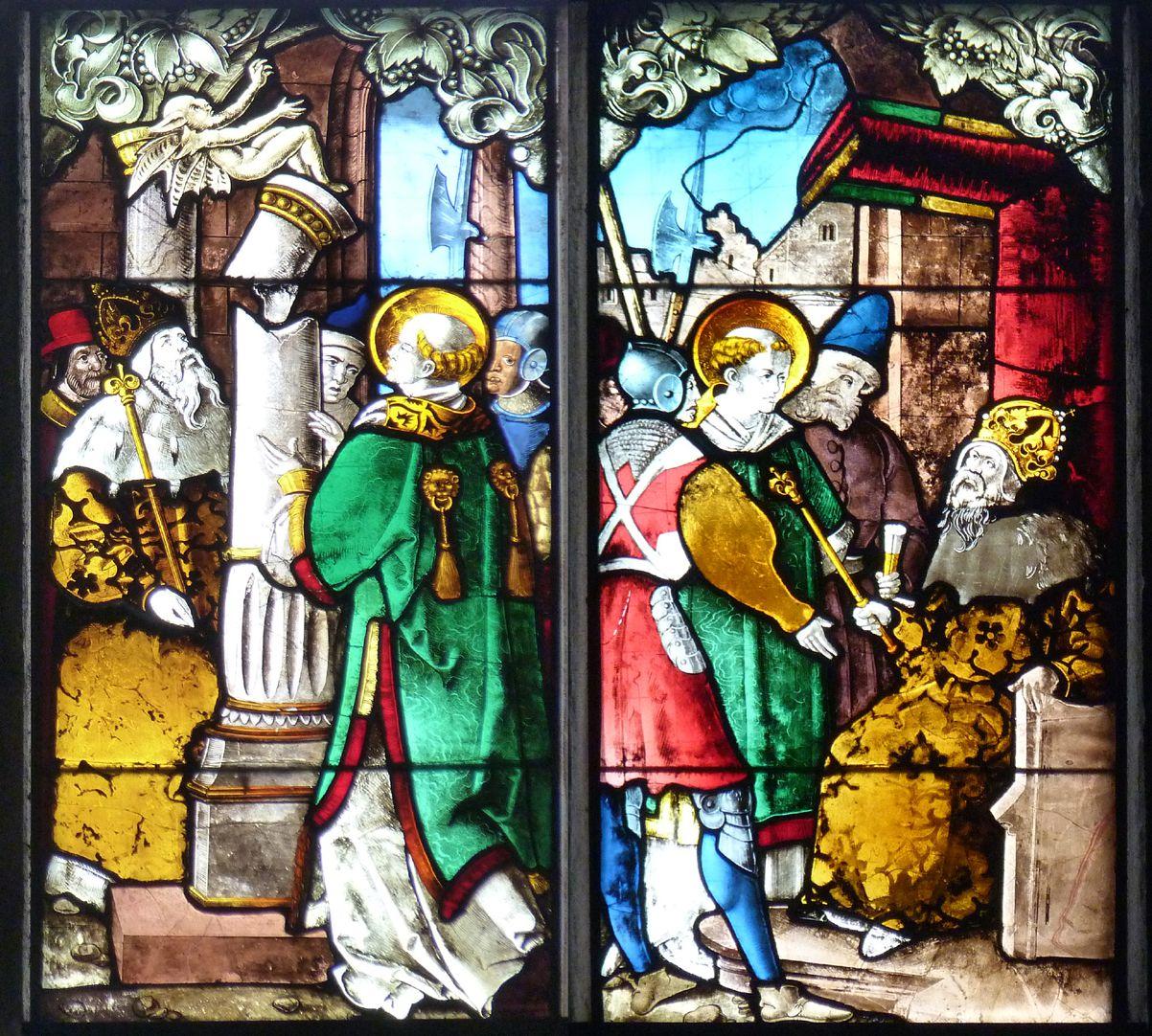 Schmidmayer-Fenster obere Reihe, drittes und viertes Feld: links bricht die Säule eines Götzen zwischen Lorenz und Kaiser Valerian; rechts verhört Valerian den Heiligen