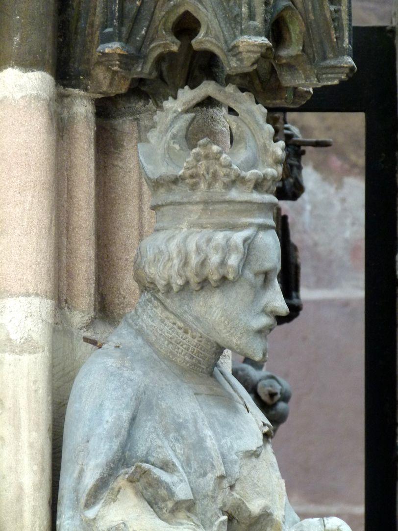 Beautiful fountain Gottfried of Bouillon