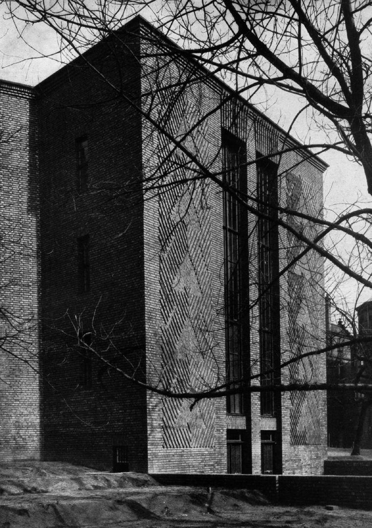 """Planetarium Planetarium, stairwell from the south west/ photo from: """"Otto Ernst Schweizer"""", F. E. Hübsch Verlag"""