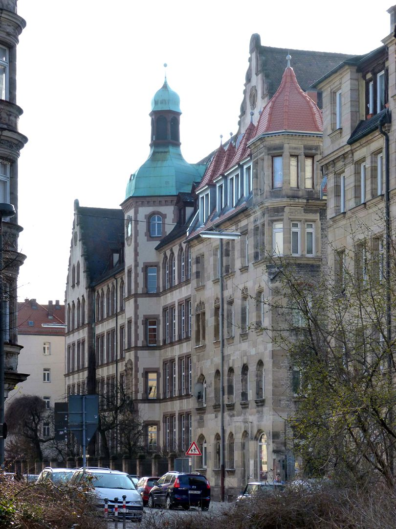 Johann-Daniel-Preißler-School Front from the north east