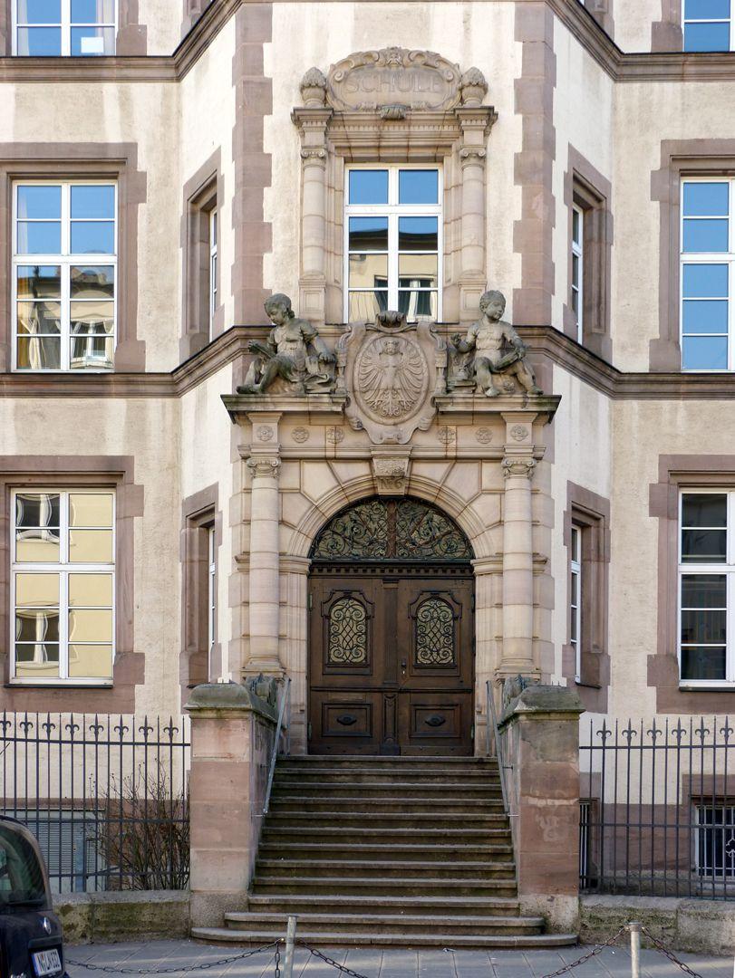 Johann-Daniel-Preißler-School Main entrance Preißlerstraße
