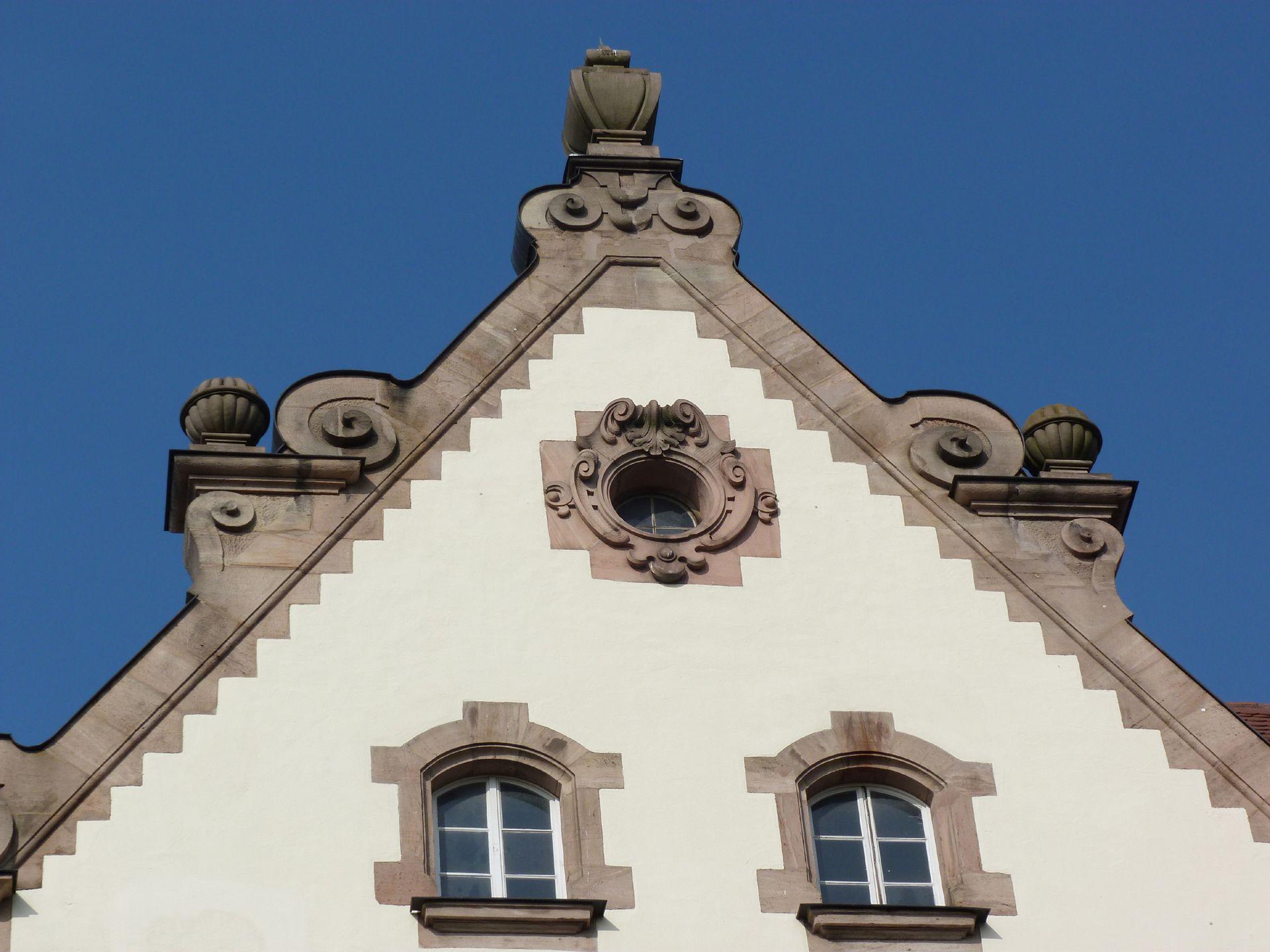 Johann-Daniel-Preißler-School Dutch gable
