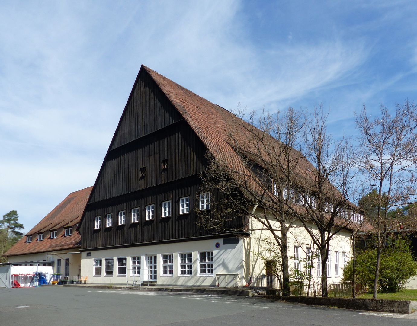 Workers´ accommodations (today August-Meier-Settlement) Boarded gable of the main building