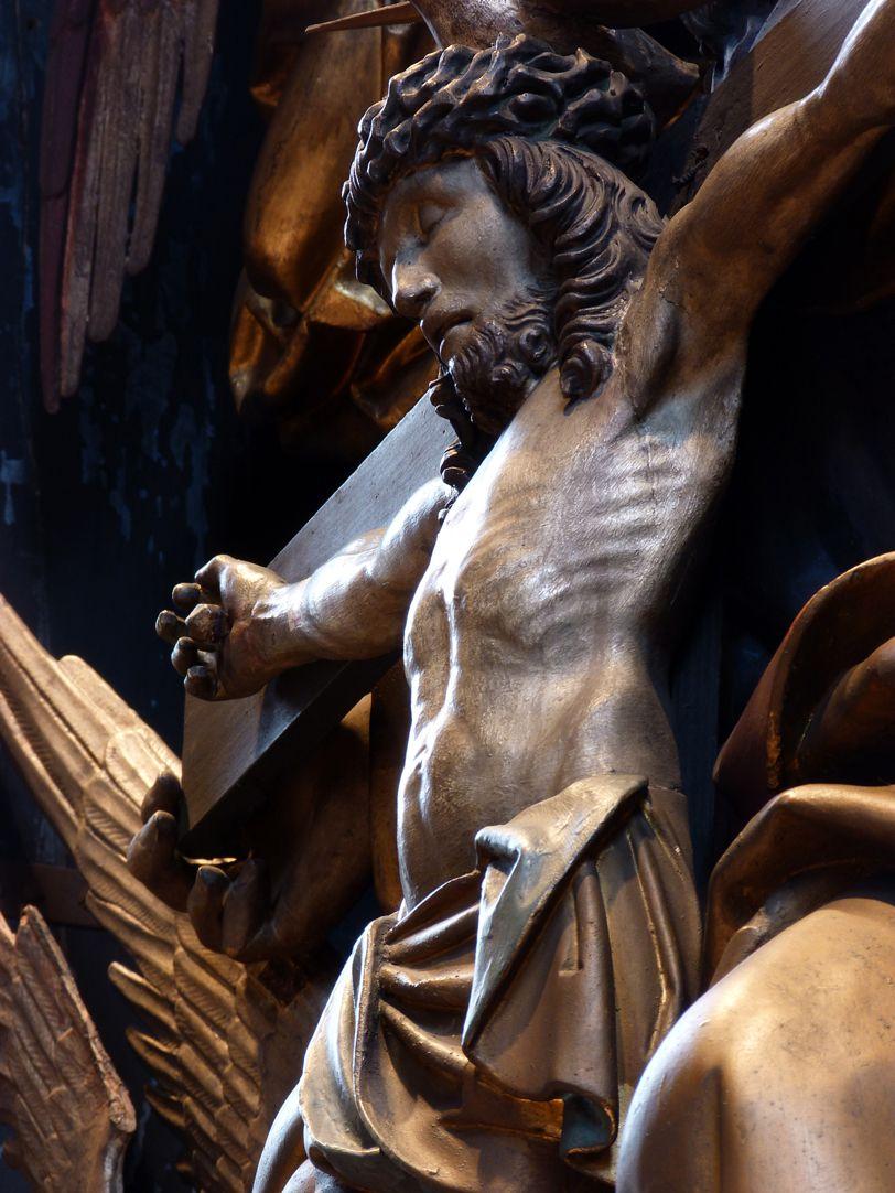 St. Bartholomäus, Hochaltar Der Gekreuzigte