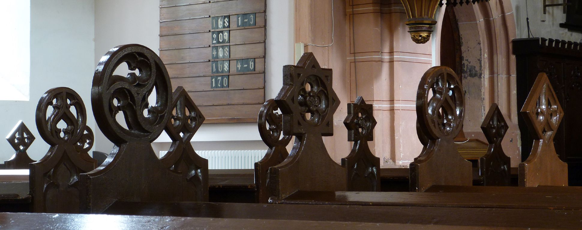 Parish Church St. Peter´s (Sonneberg) Finials of the pews
