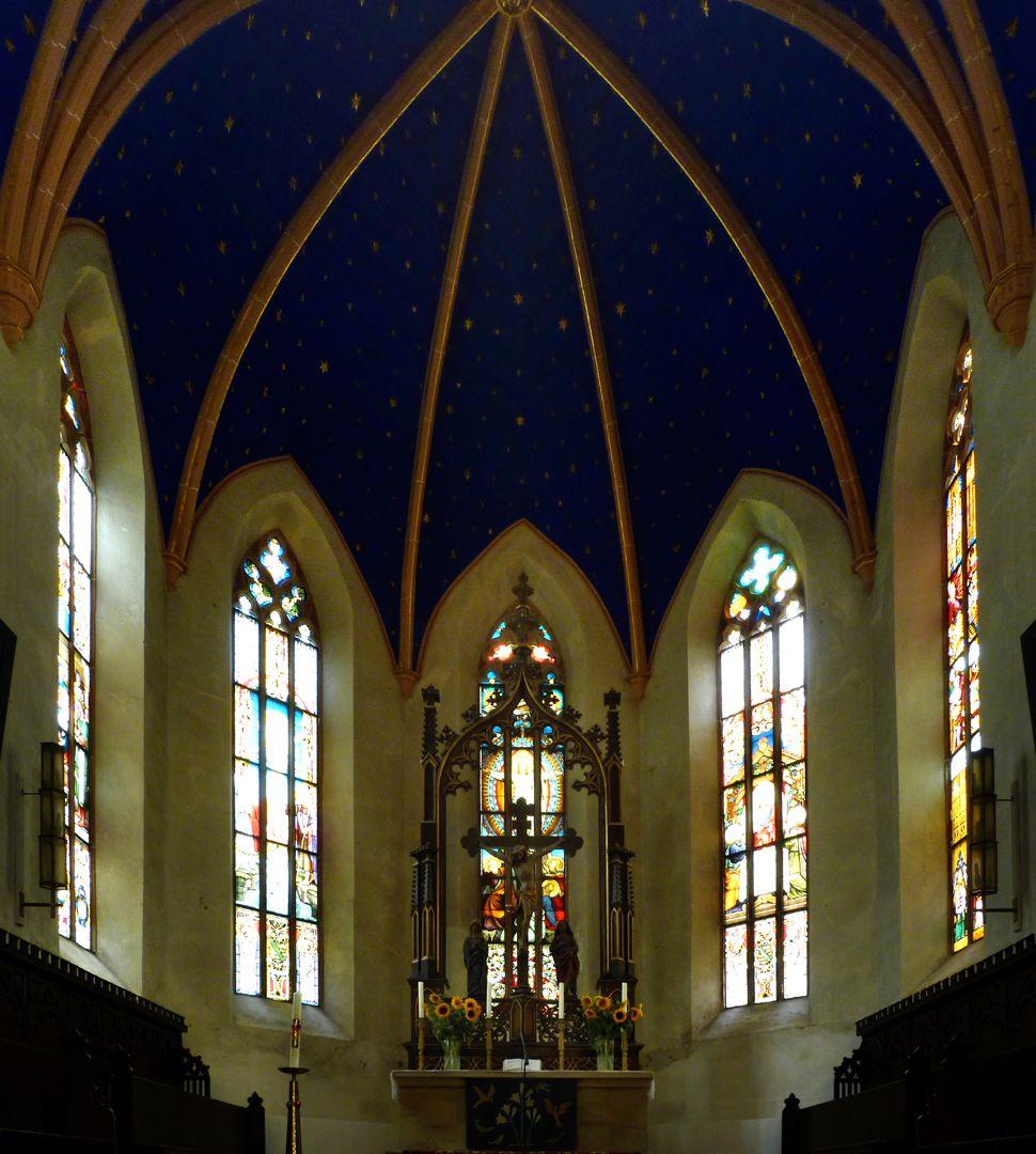 Parish Church St. Peter´s (Sonneberg) Choir with main altar canopy by Heideloff/Hartung