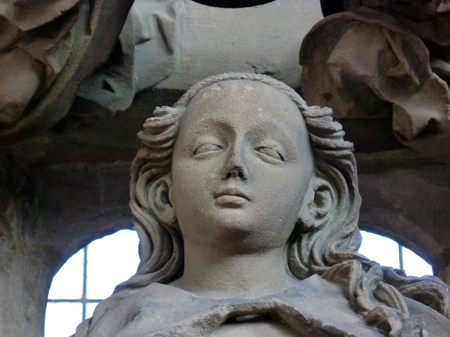Landauer epitaph Head of Mary