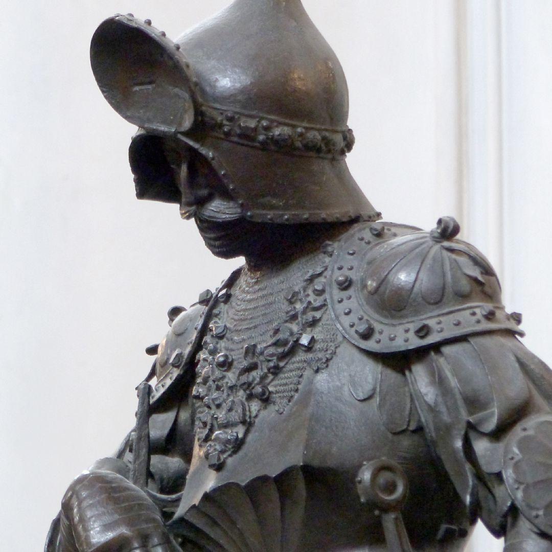 King Theoderich (Innsbruck) Bust, diagonal view