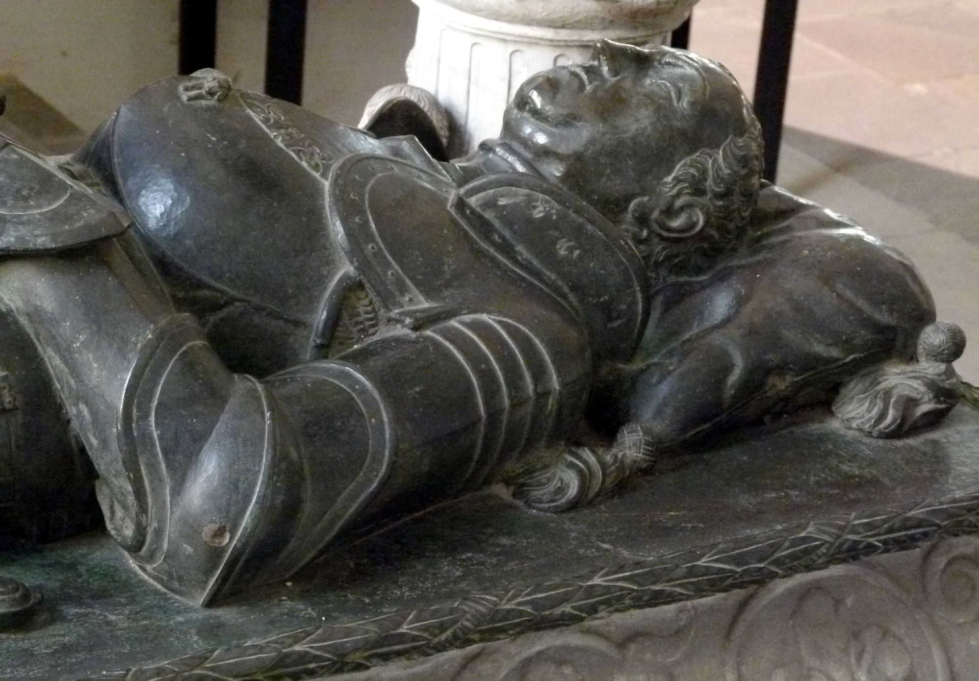 Tomb of Count Hoyer VI of Mansfeld-Vorderort (attribution) Lying figure, detail
