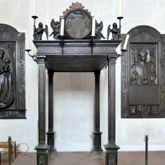 Memorial of Albrecht of Brandenburg: Canopy