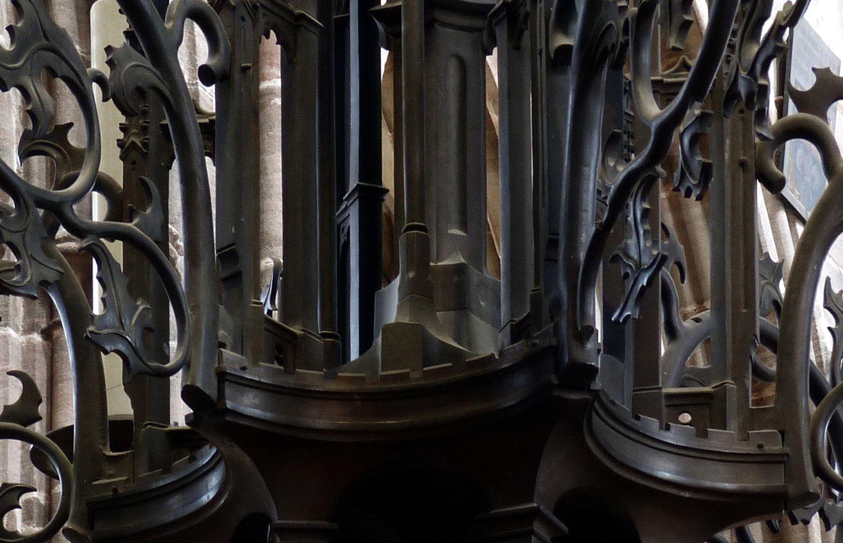 Bronze chandelier Lower housing, detail