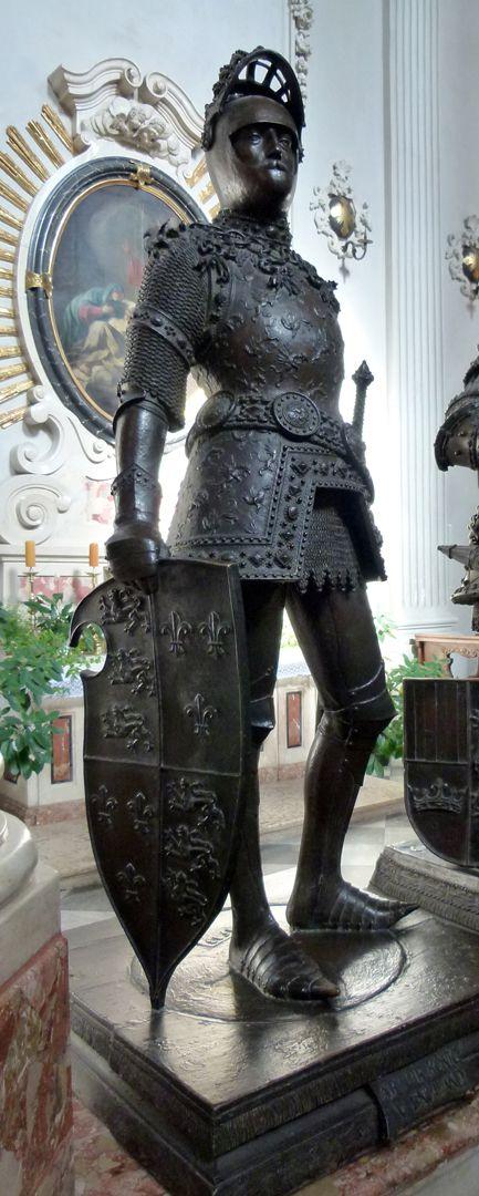 King Arthur (Innsbruck) Front