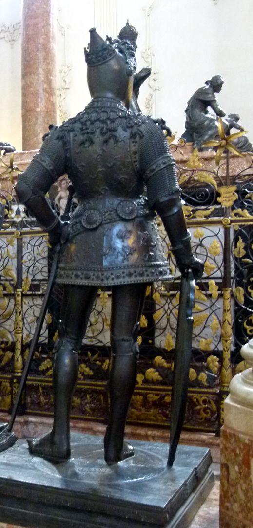 King Arthur (Innsbruck) Back