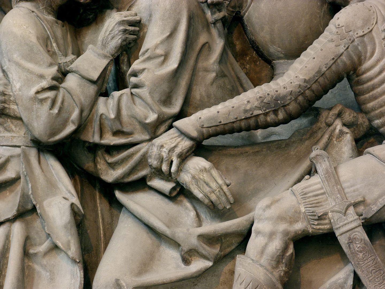 Volckamer Memorial Foundation, relief plates Gefangennahme, Detail: Hände