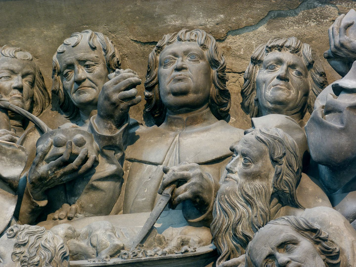 Volckamer Memorial Foundation, relief plates Last Supper, detail: Group of Apostles around the Passover Lamb