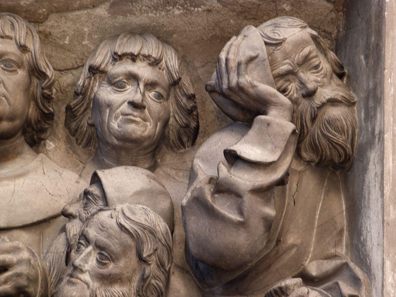 Volckamer Memorial Foundation, relief plates Letztes Abendmahl, Judas wendet sich vom Geschehen ab