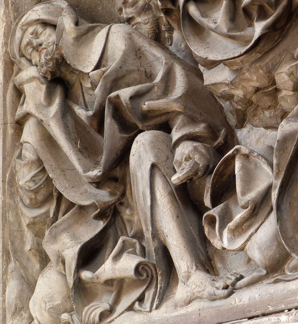 Volckamer Memorial Foundation, relief plates Ölberggebet, Schrägansicht, schlafender Petrus, die Hand am Schwertgriff