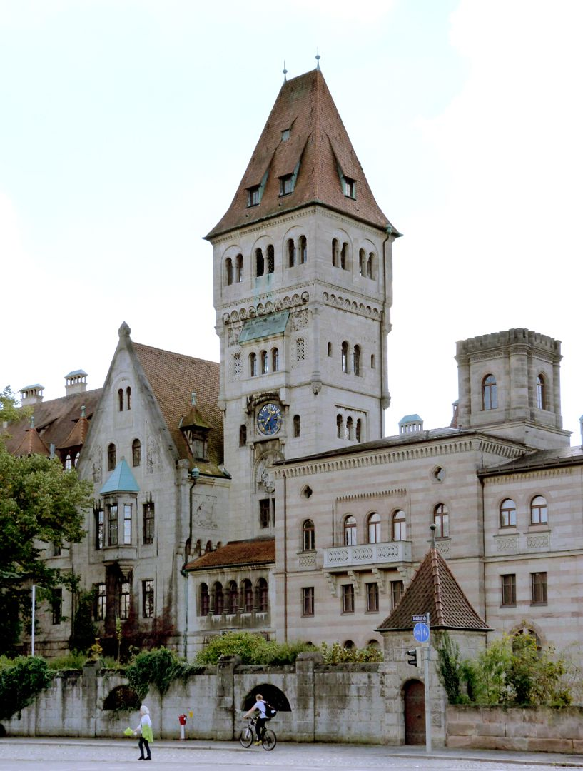 Castle Faber-Castell Street view: On the right the wing by Georg Firedrich Christia Bürklein (1872) on the left the Kramer wing with main tower (1903 - 1906)