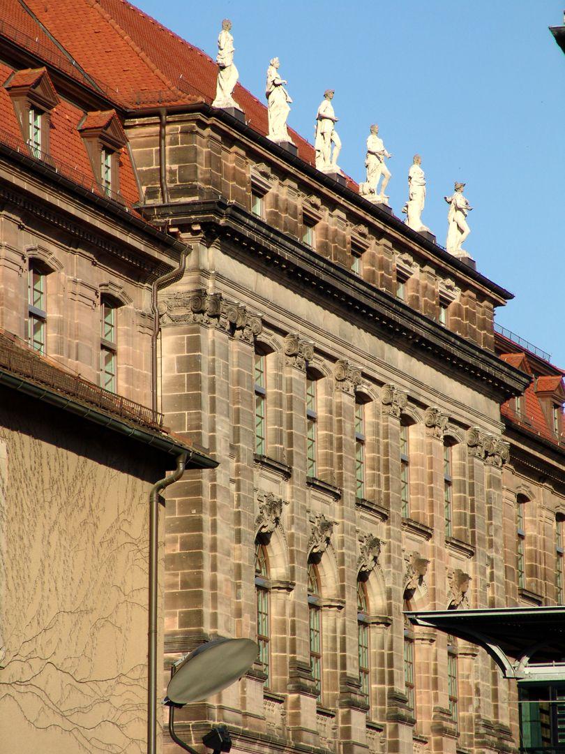 Former Bavarian Trade and Business Institute (Landesgewerbeanstalt) Southwest front, median risalit