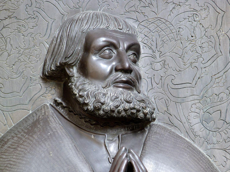 Walter von Cronberg Kopf, Detail