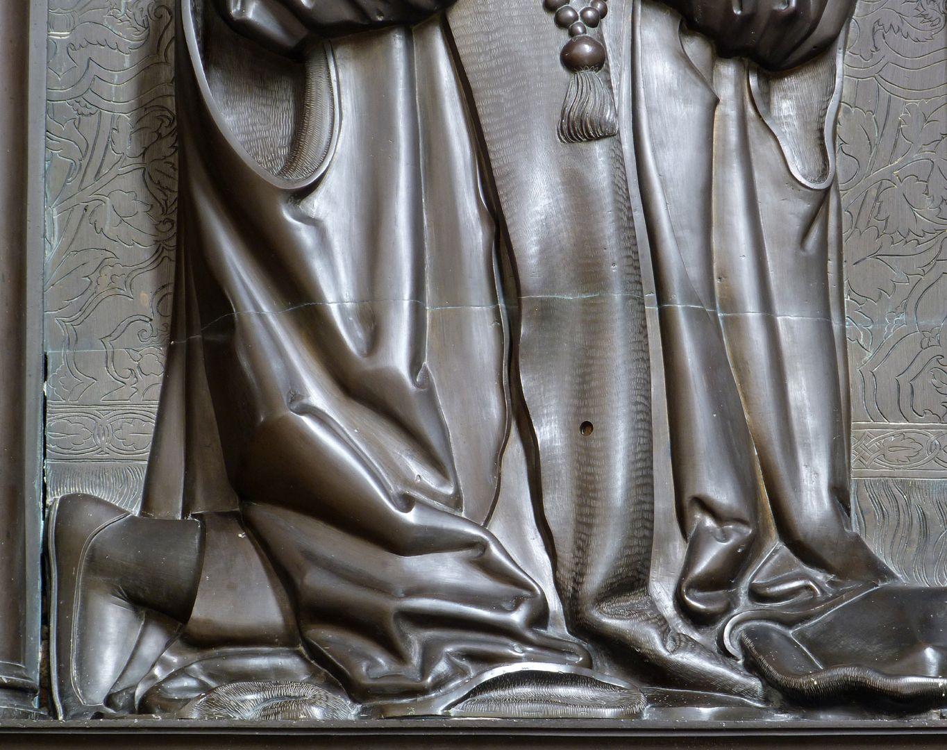 Walter von Cronberg Mantelfaltenwerk