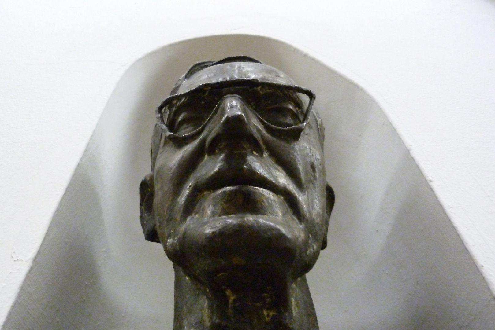 Wilhelm Rieger View from below
