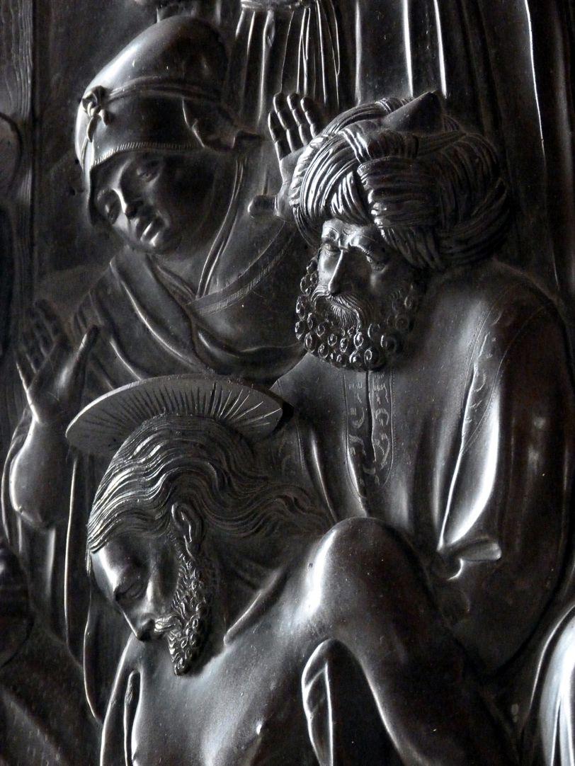 Weeping over the dead Christ: Epitaph Eisen-Behaim Head study