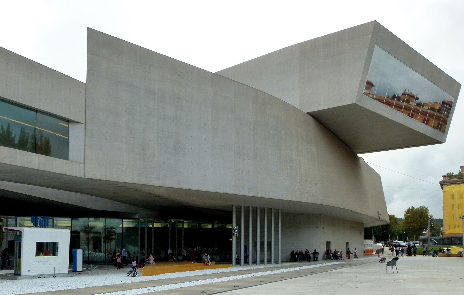 Maxxi, Museo nazionale delle arti del XXI secolo (Rom) Front