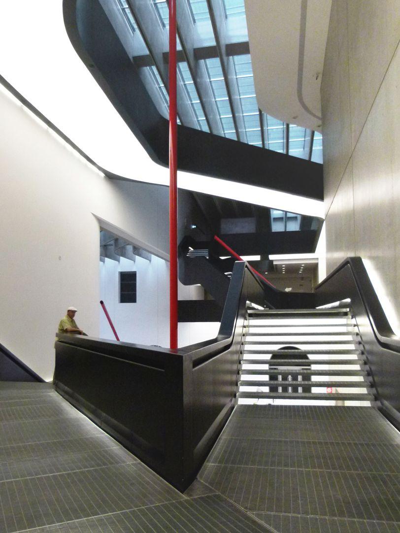Maxxi, Museo nazionale delle arti del XXI secolo (Rom) Stairwell